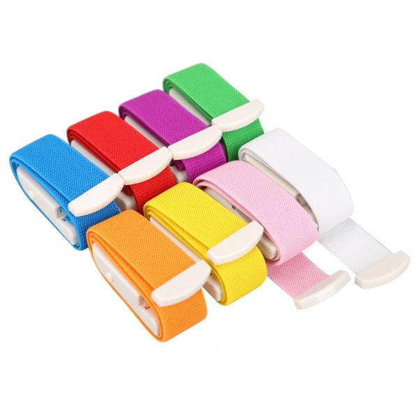 Rapidité de relâchement et de resserrage Le bouton à molette sur la boucle du garrot permet de relâcher ou resserrer la compression rapidement et en toute sécurité
